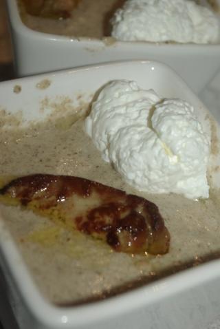 Velout forestier au foie gras balade gourmande de c cile for Entree avec du foie gras froid