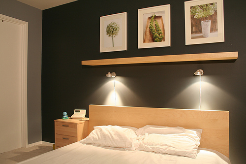 etag re t te de lit et appliques que faire. Black Bedroom Furniture Sets. Home Design Ideas