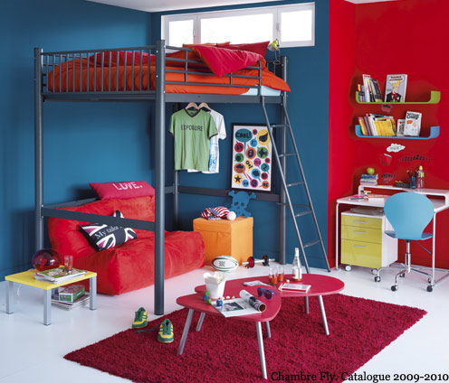 chambre rouge et bleu. Black Bedroom Furniture Sets. Home Design Ideas