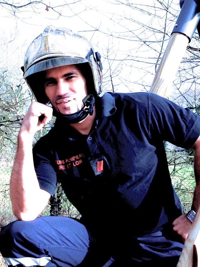 Pin-up #21 : le pompier !