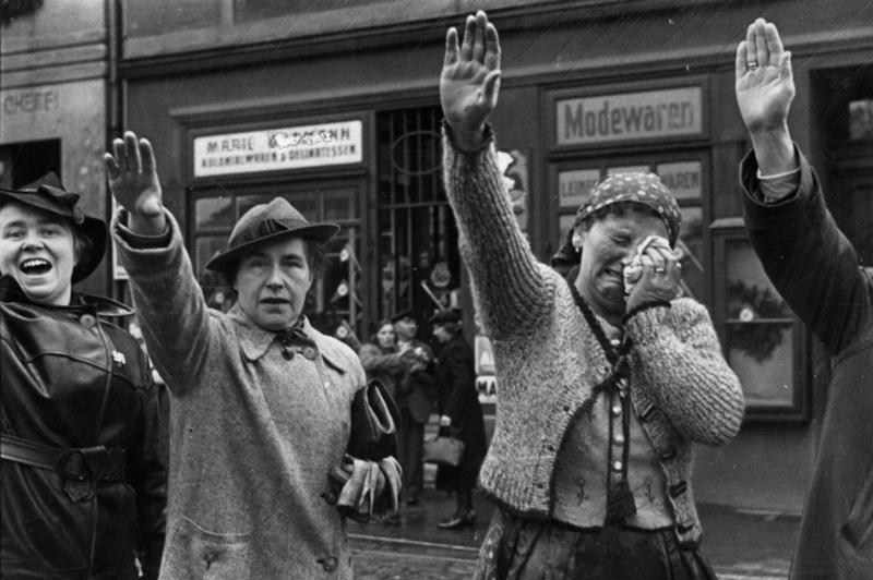 15 mars  Hitler fait envahir la Bohême-Moravie. sudete10