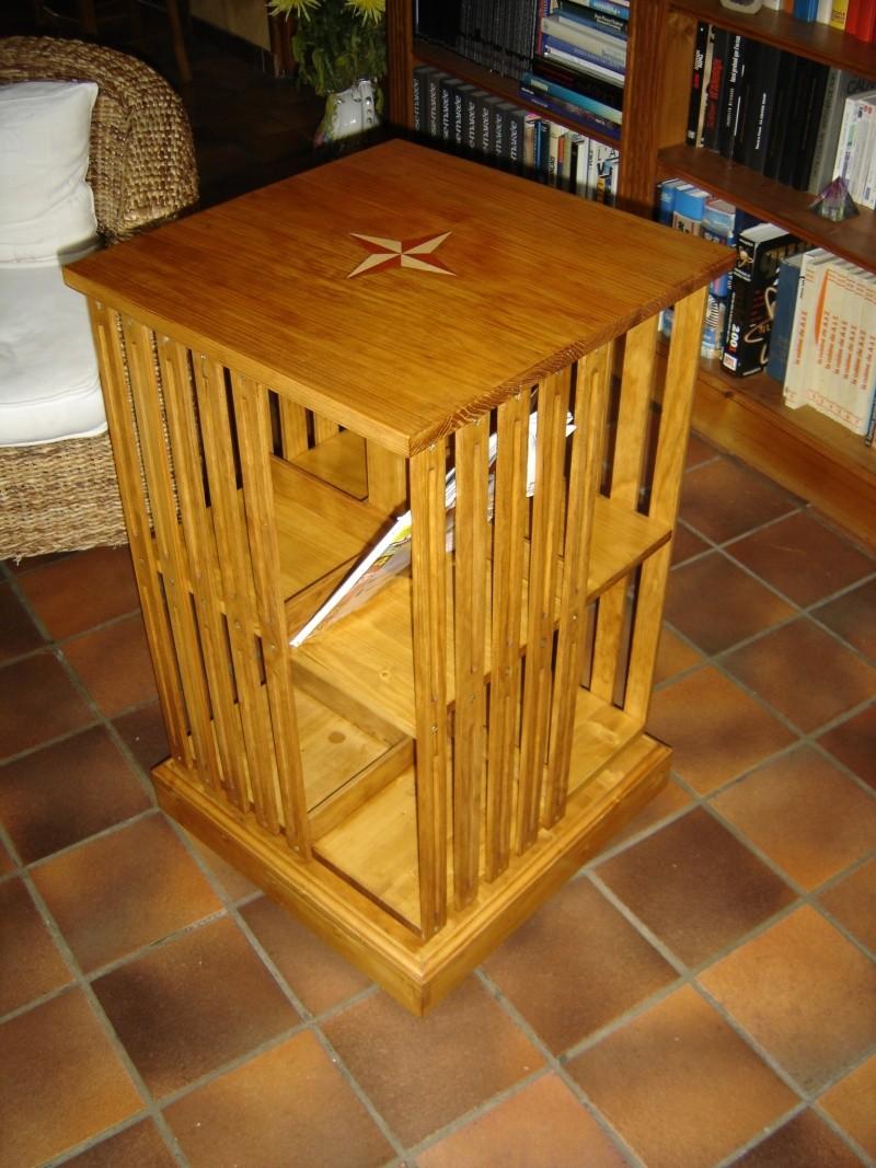 biblioth que tournante. Black Bedroom Furniture Sets. Home Design Ideas