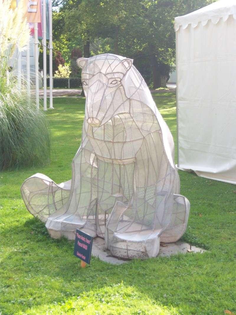 L 39 ours dans les parcs et les jardins for Le jardin touquet