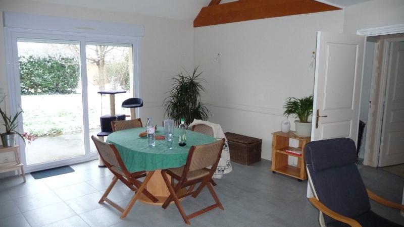 Quelle couleur rideaux d cor accessoires pour notre salon sam cuisine - Quelle couleur avec le marron ...